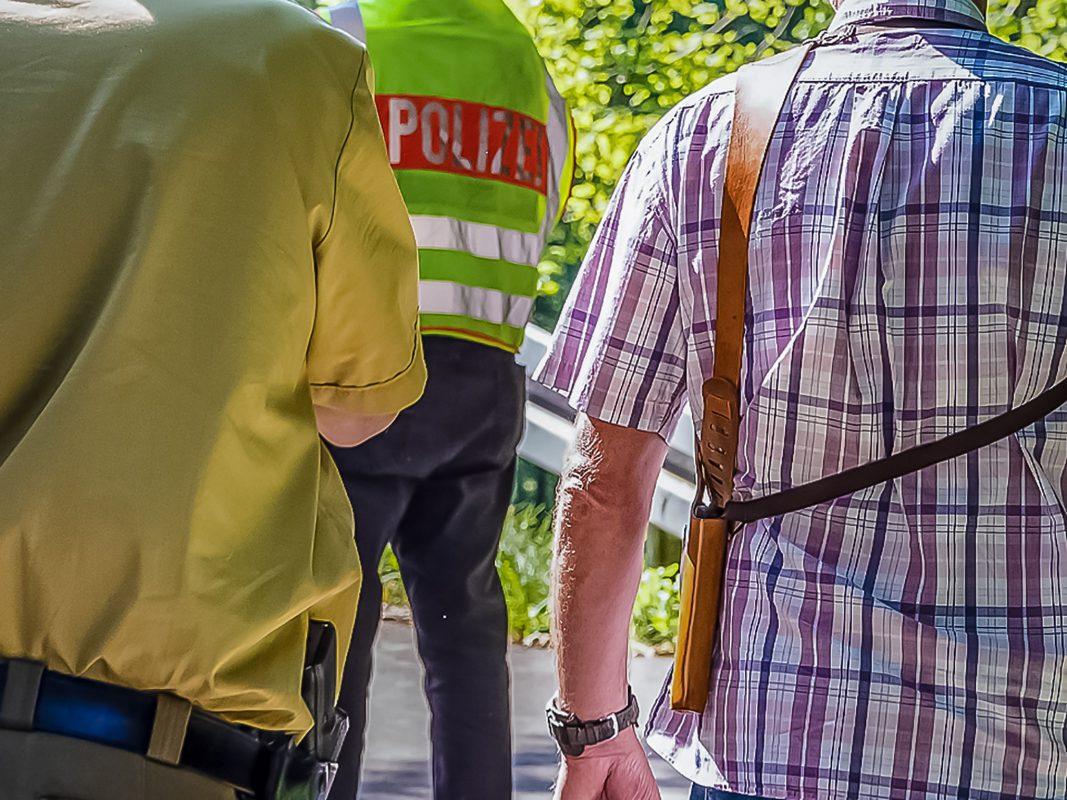 Polizeibeamte im Einsatz – Symbolbild: Pascal Höfig