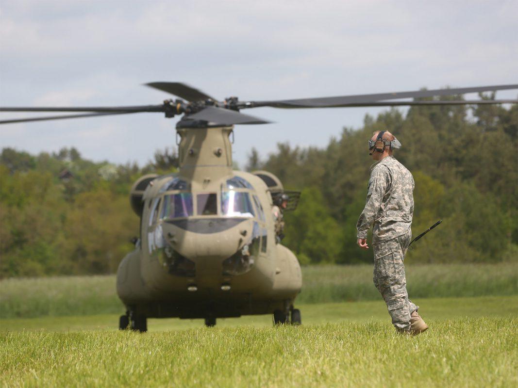 Ein Black Hawk-US-Militaerhubschrauber - Foto: News5 / Herse