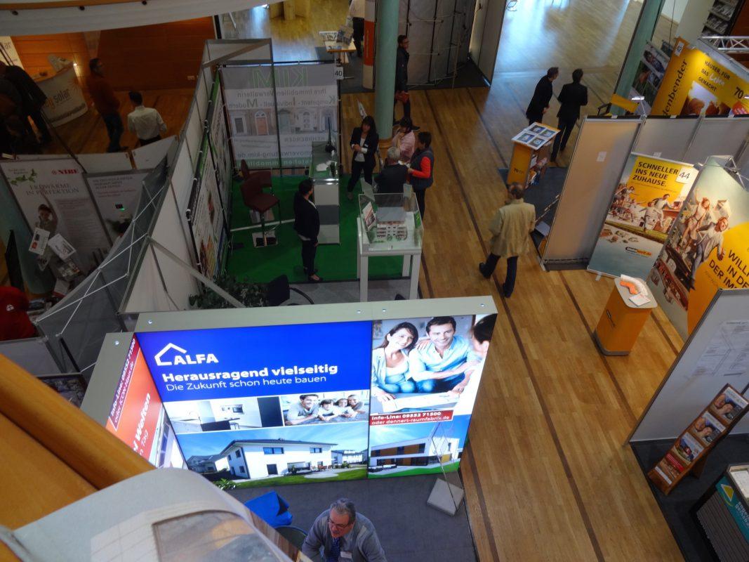 Informieren und beraten lassen bei den Immobilien & Bautagen Ansbach im Tagungszentrum Onoldia. Foto: messe.ag