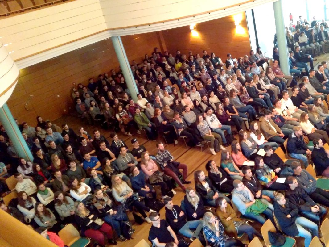 Empfang der neuen Studenten im Onoldiasaal - Foto: Nadja Krassik.
