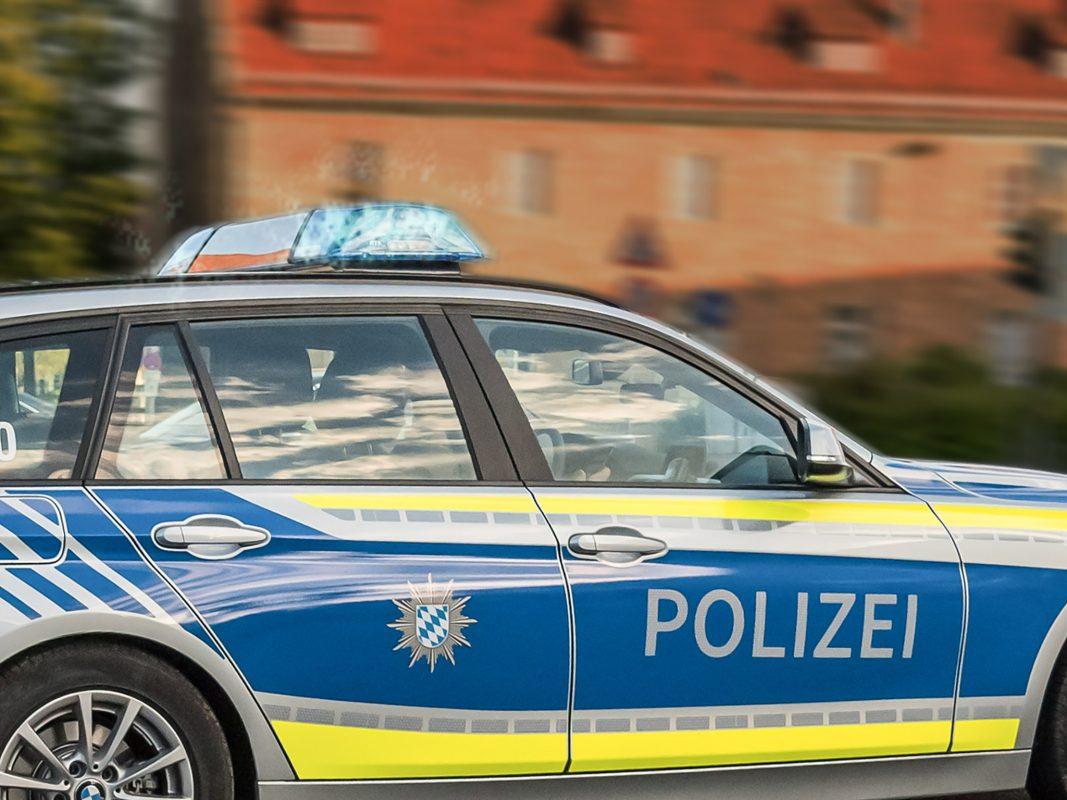 Streifenwagen der Polizei im Einsatz. Symbolfoto: Pascal Höfig