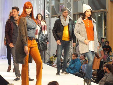 Tolle modische Inspirationen bei der Fashion-Show im Brücken-Center Ansbach. Foto: Brücken-Center Ansbach