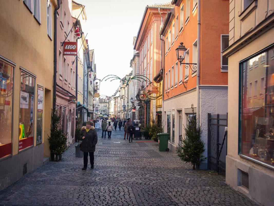 Einkaufen in der Innenstadt. Foto: Barbara Duna.