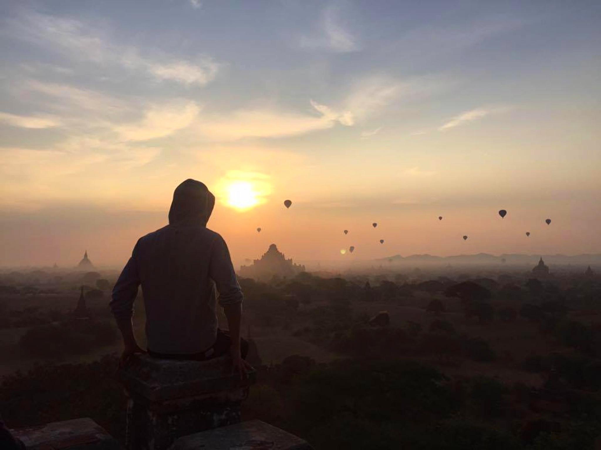 Maximilian im Februar 2016 in Bagan (Myanmar), einer historischen Königstadt mit knapp 2.500 erhaltenen Tempeln auf 36 Quadratkilometern. Foto: Marian Knecht