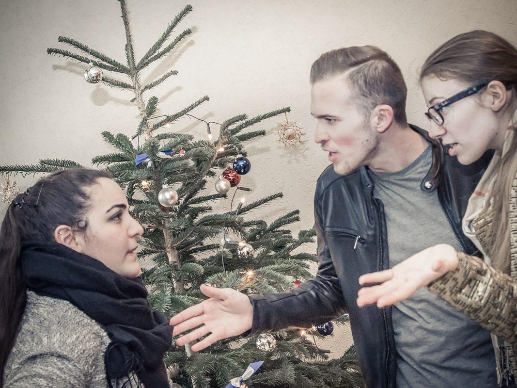 An Weihnachten kann es unter dem Baum auch schon mal eskalieren. Foto: Pascal Höfig