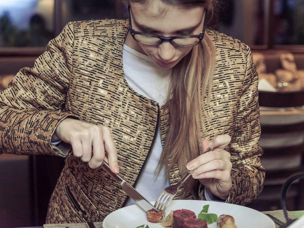 Essen in schickem Ambiente. Foto: Pascal Höfig