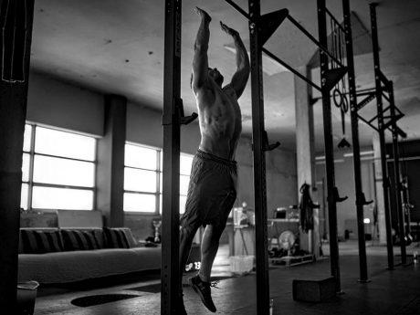 Robert Powell beim CrossFit. Foto: Marck Lorencin