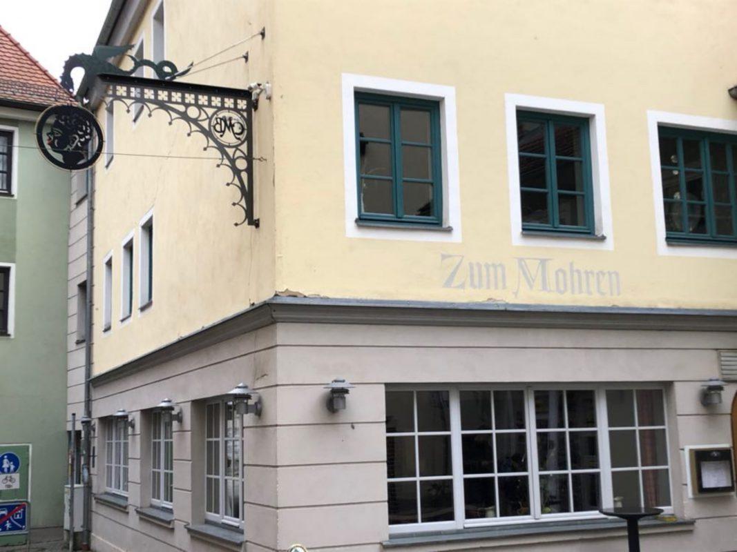 """Die Gaststätte """"Zum Mohren"""" liegt in der Ansbacher Innenstadt. Foto: Michaela Kraus."""