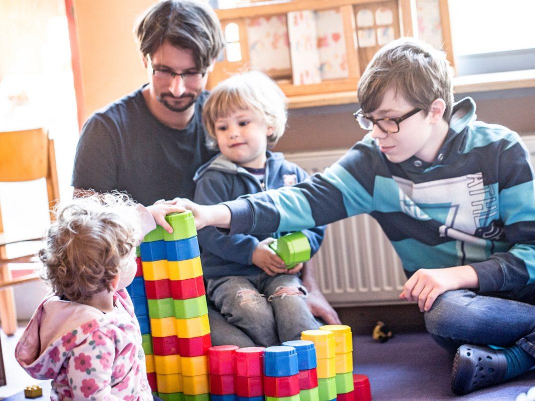 Jungen testen eher untypische Berufe beim Boys' Day. Foto: Björn Gaus.