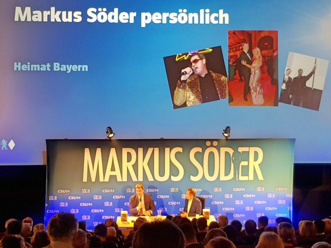 Markus Söder im Gespräch mit Moderator Ralf Exel. Foto: Attila-Salih-Yildi.
