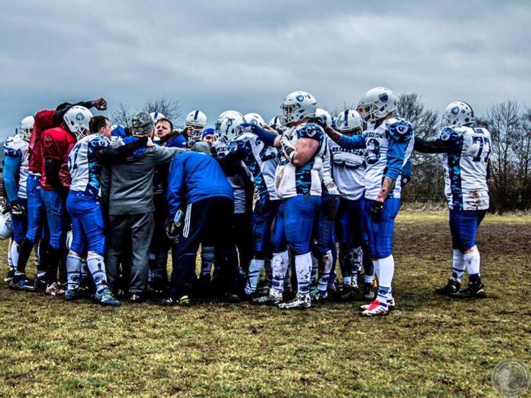 Team Huddle der Ansbach Grizzlies. Foto: Chris Fabian Film- & Photo-Production.