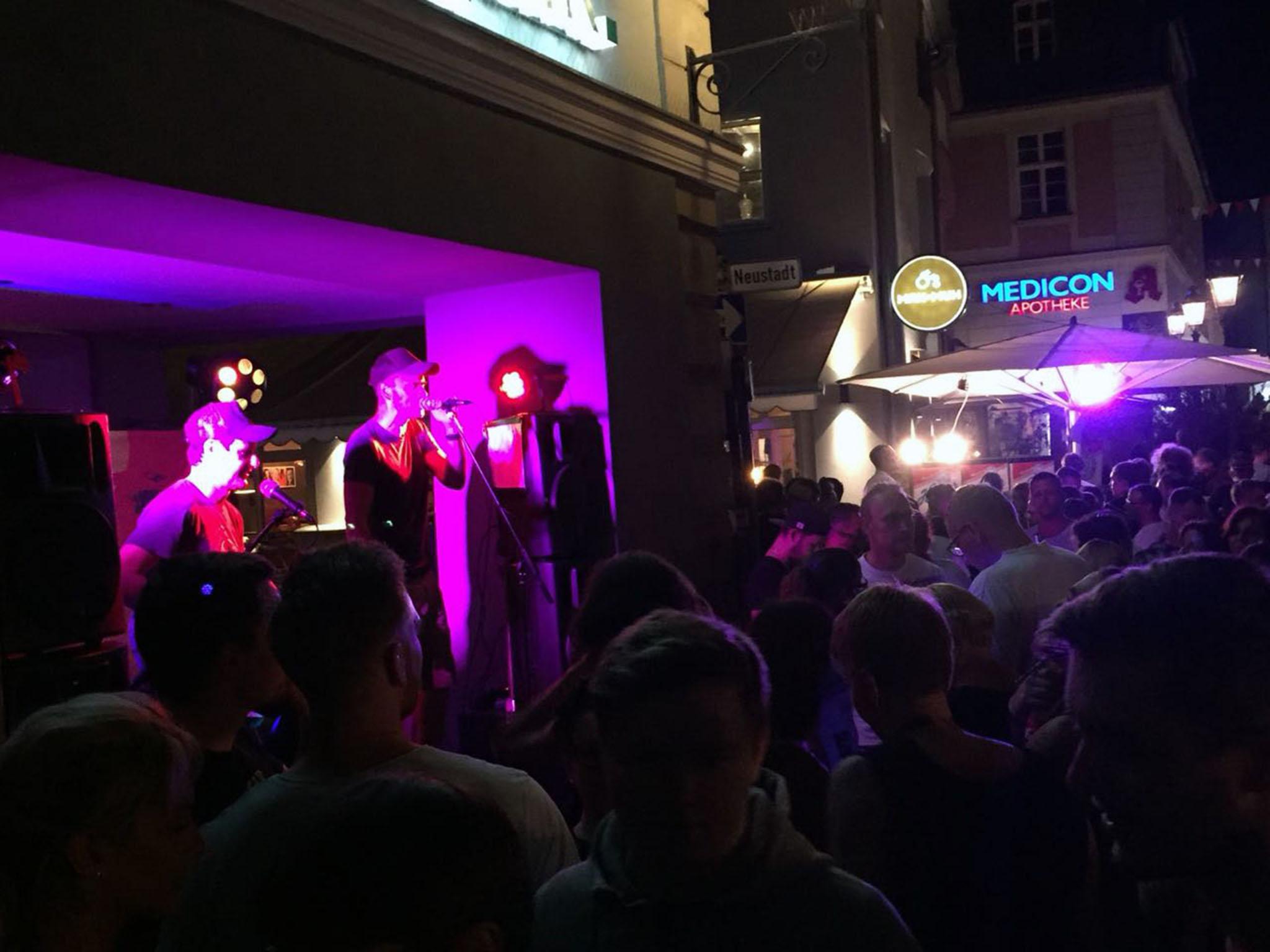 Musikalische Darbietungen auf dem Altstadtfest. Foto: Alexandra Lyttwin