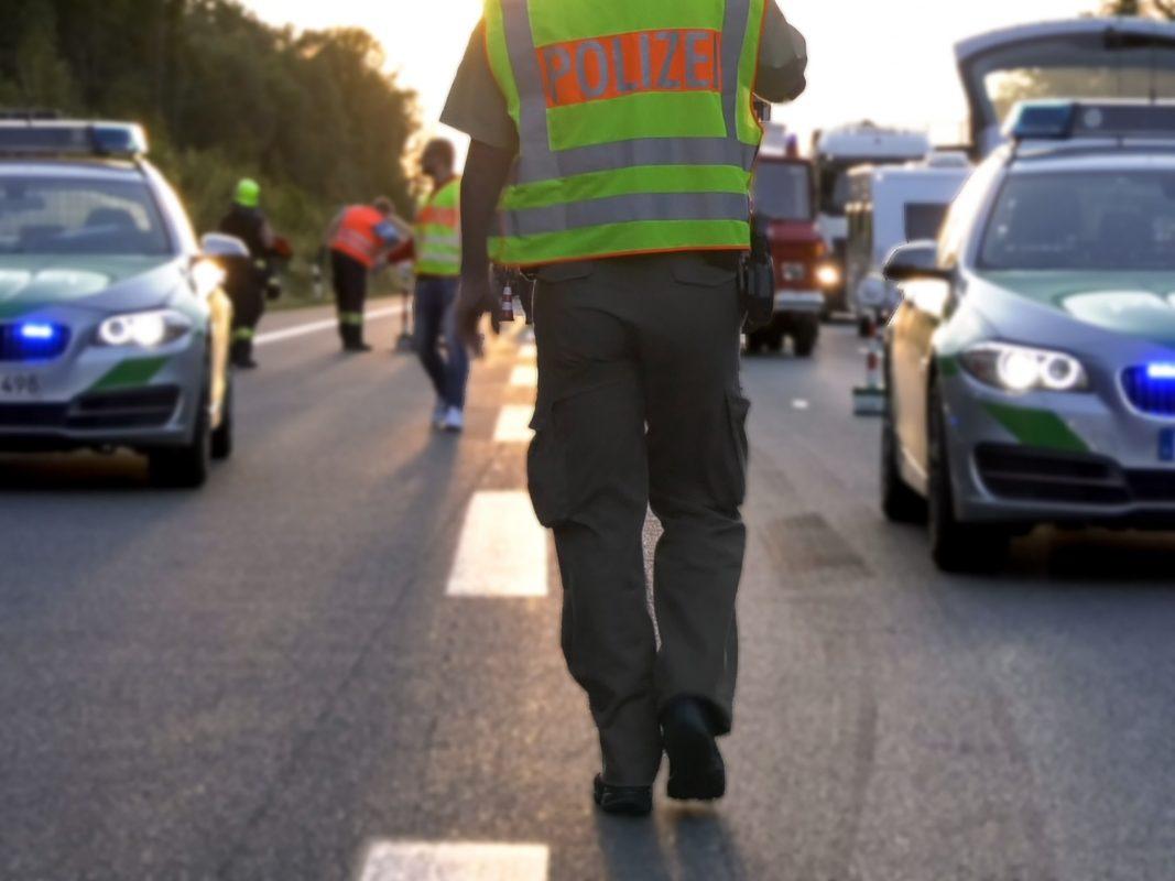 Polizei im Einsatz auf der Autobahn. Symbolfoto: Pascal Höfig