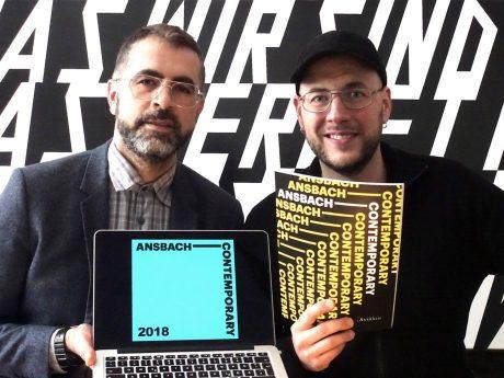 Die Kuratoren der diesjährigen Biennale Ihsan Alisan (links) und Johannes Vetter (rechts). Foto: Ansbach Contemporary.