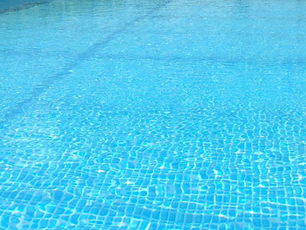 Ein Schwimmbad. Symbolfoto: Pascal Höfig