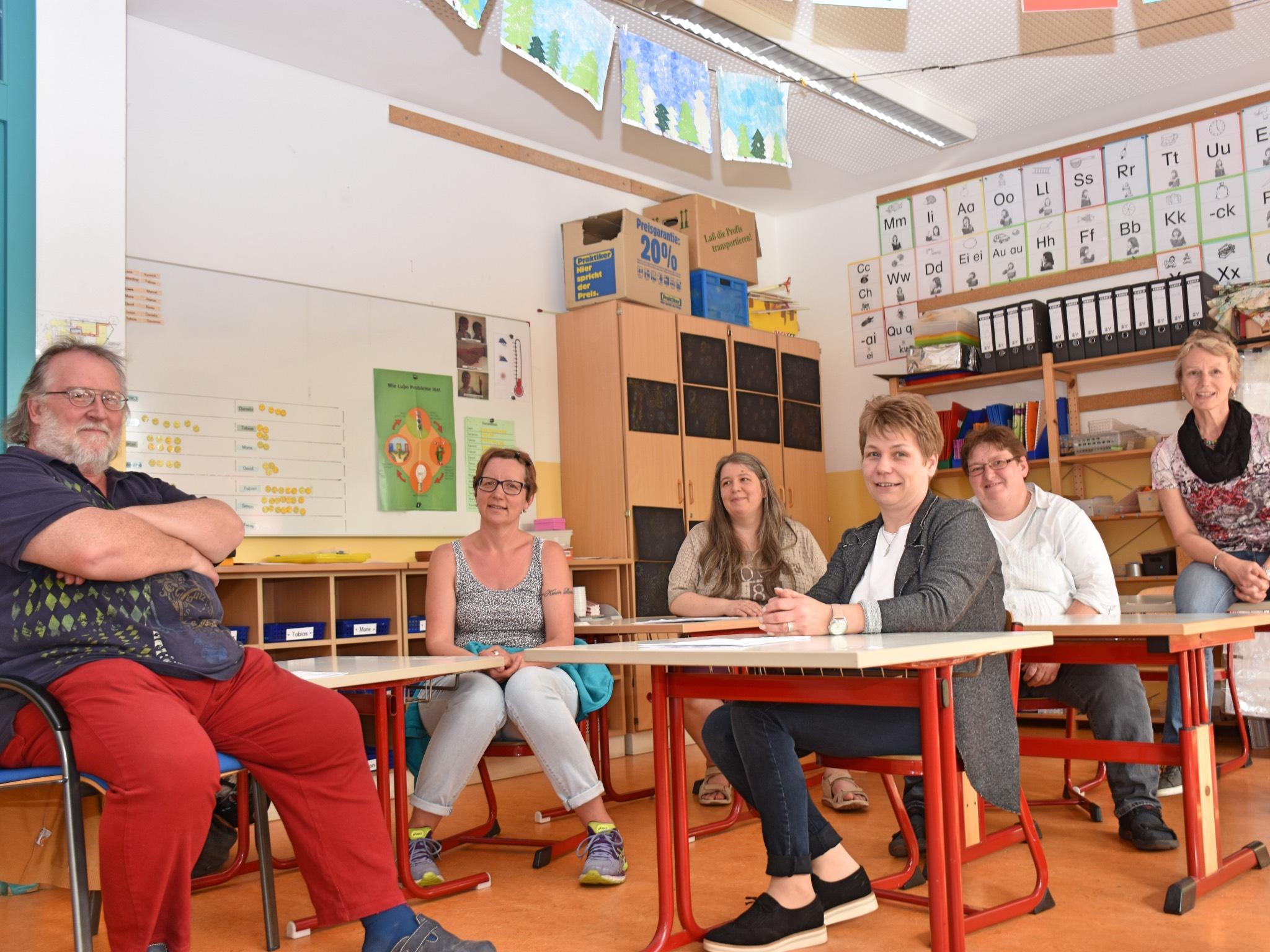 Die Eltern beim gemeinsamen Gespräch. Foto:Johann-Heinrich-Pestalozzi-Schule