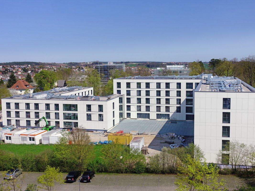 Das neue Gästehaus auf dem Campus der Landesfinanzschule Ansbach. Foto: Staatliches Bauamt Ansbach