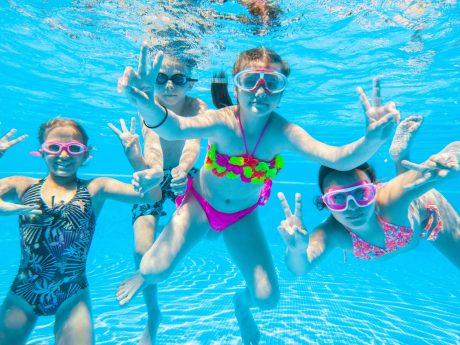 Spaß im Aquella Freizeitbad! Foto: Adobe Stock / Ansbacher Bäder und Verkehrs GmbH