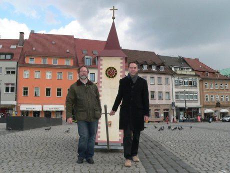 Die Citypfarrer unterwegs mit der Wagenkirche. Foto: Heiko Kuschel.
