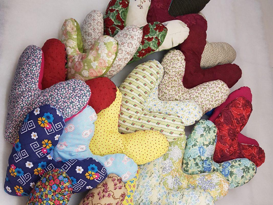 Hands make hearts – eine Idee für den guten Zweck. Foto: Sigrid Stegbauer