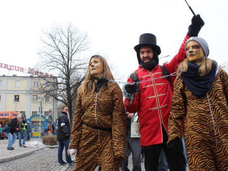 Eine Demonstration gegen den Circus Krone in München. Foto: Aktionsgruppe Tierrechte Bayern