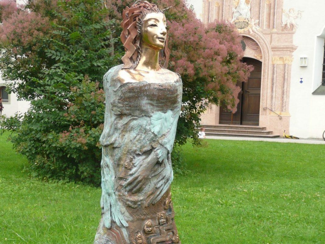 Vom 13. Juli an wird Antje Tesche-Mentzen die Innenstadt, drei Monate lang, in einen Skulpturenpark verwandeln.
