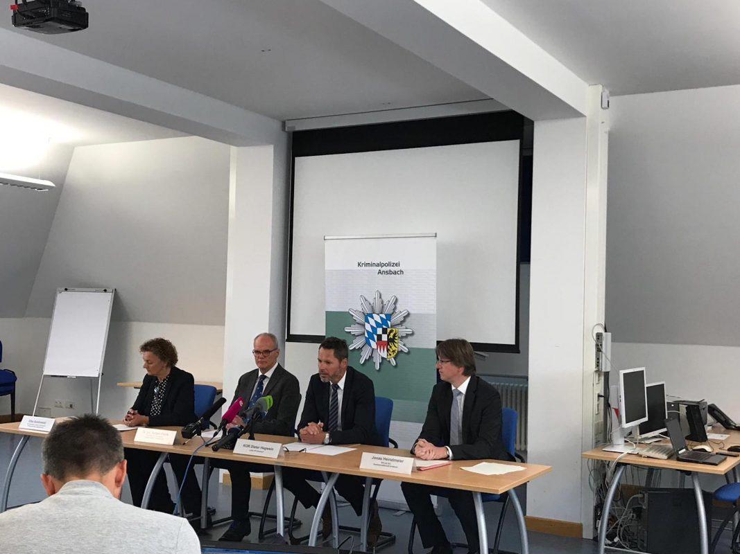 Pressekonferenz um Gewaltdelikt in Rügland. Foto: WochenZeitung Ansbach