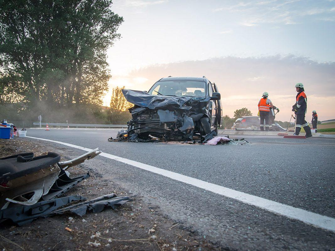Unfall auf der Landstraße. Symbolfoto: Pascal Höfig
