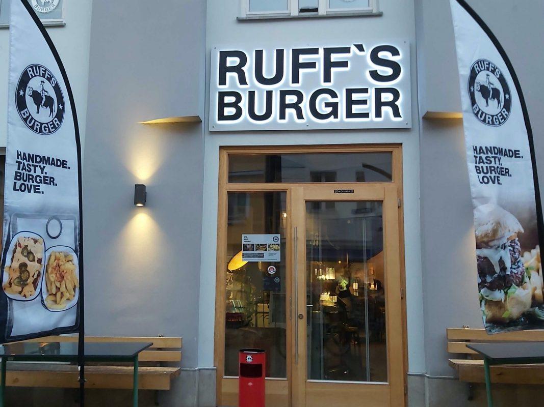 MAX + MUH in der Uzstraße ist jetzt Ruff's Burger. Foto: Bettina Bocskai