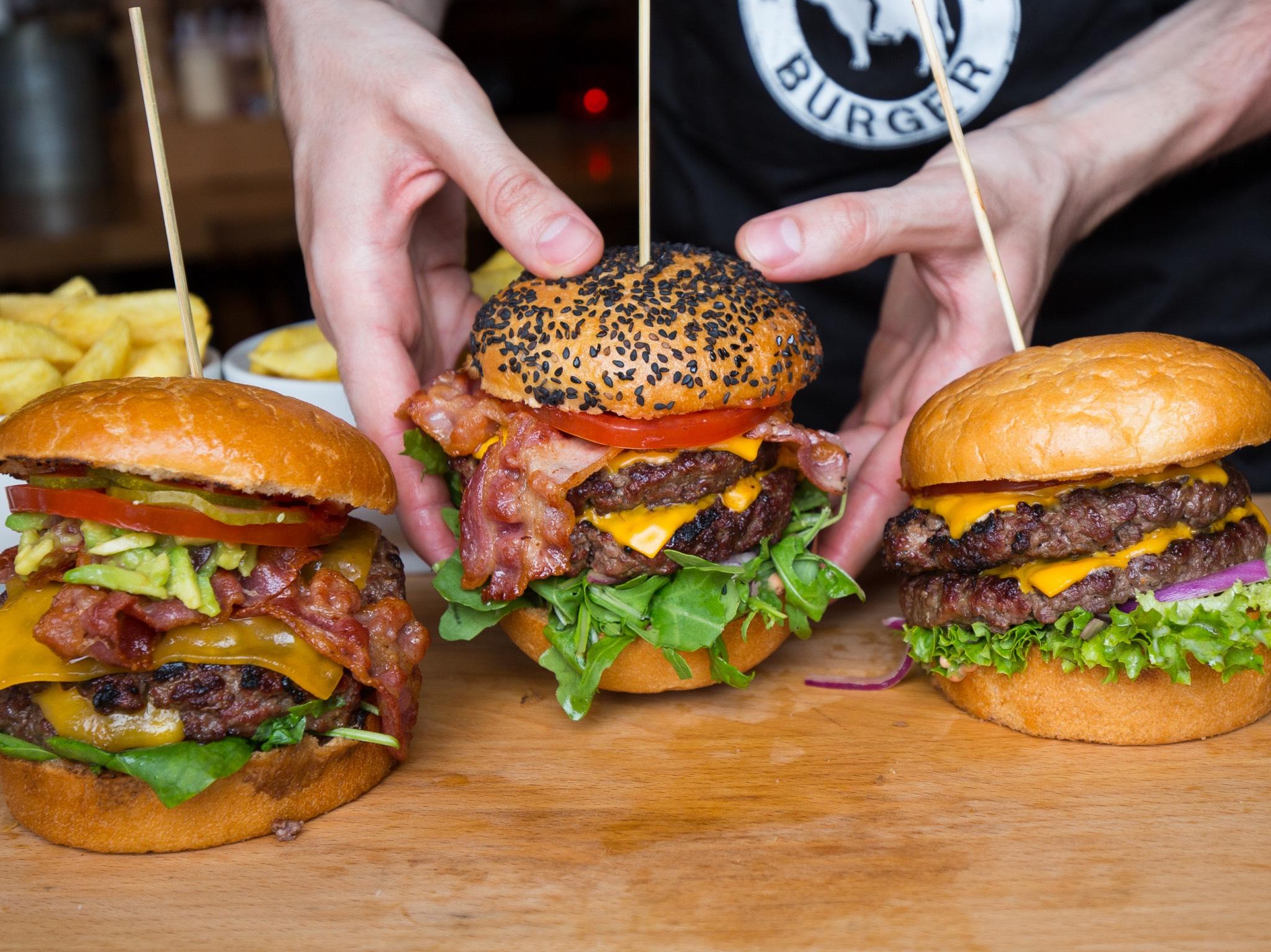 Handgemachte Burger. Foto: Ruff's Burger