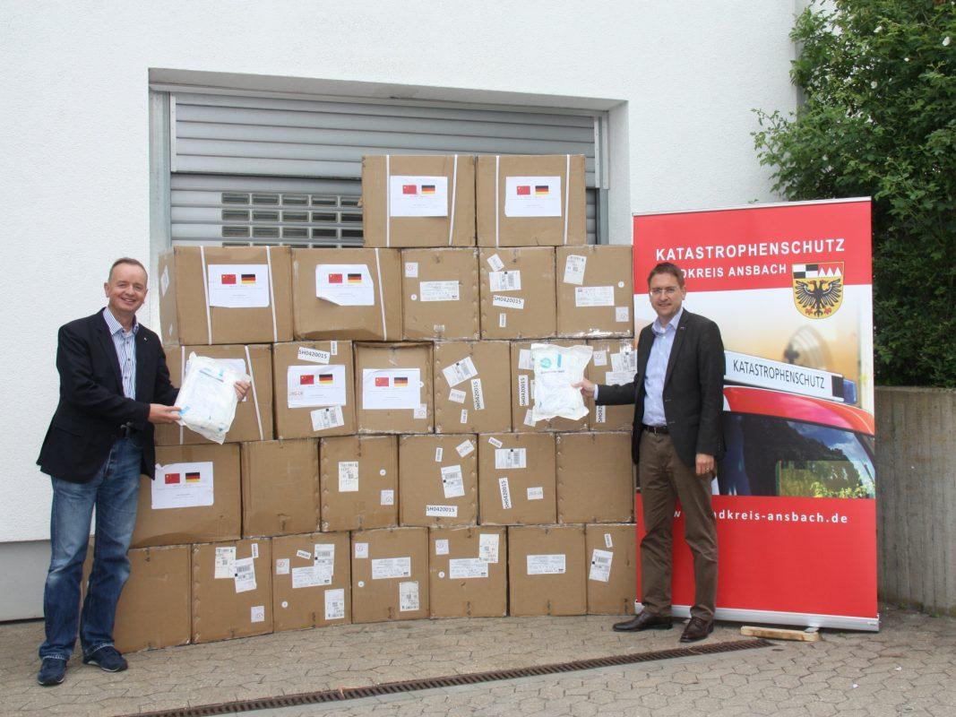 Partnerstadt Jingjiang schickt Schutzausrüstung nach Ansbach. Foto: Landratsamt Ansbach