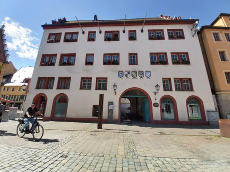 Rathaus der Stadt Ansbach. Foto: Bettina Bocskai