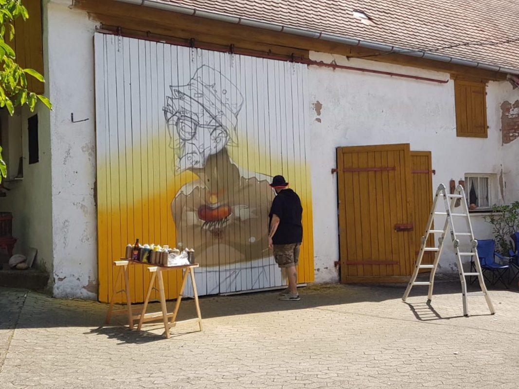 Die Entstehung eines Graffitis beim Videodreh. Foto: Marco Holzinger
