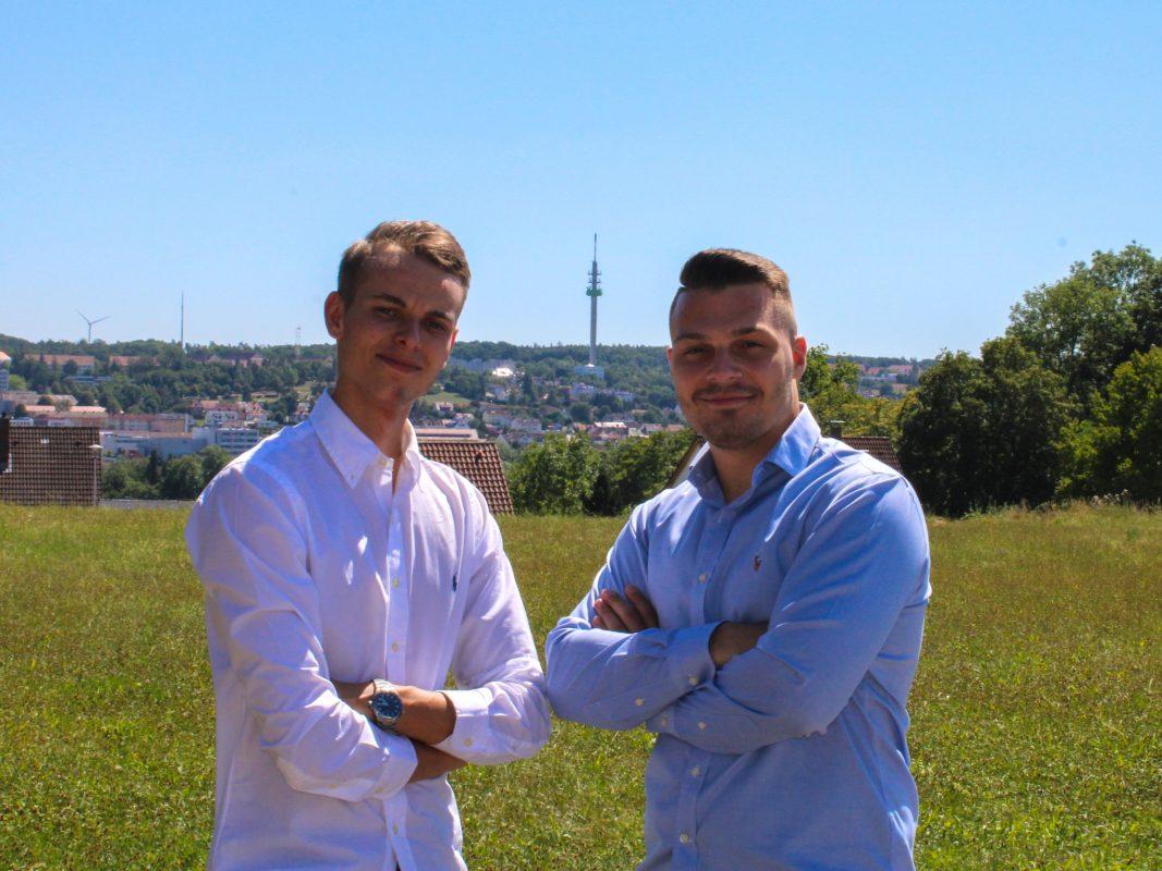 Die Gründer Adrian Herbst und Maximilian Kreiselmeyer. Foto: HK Dienstleistungsservice GbR.
