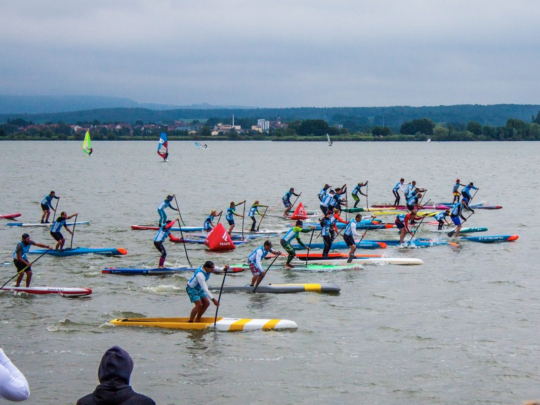 Stand Up Paddle Festival auf dem Altmühlsee. Foto: Surfcenter Altmühlsee