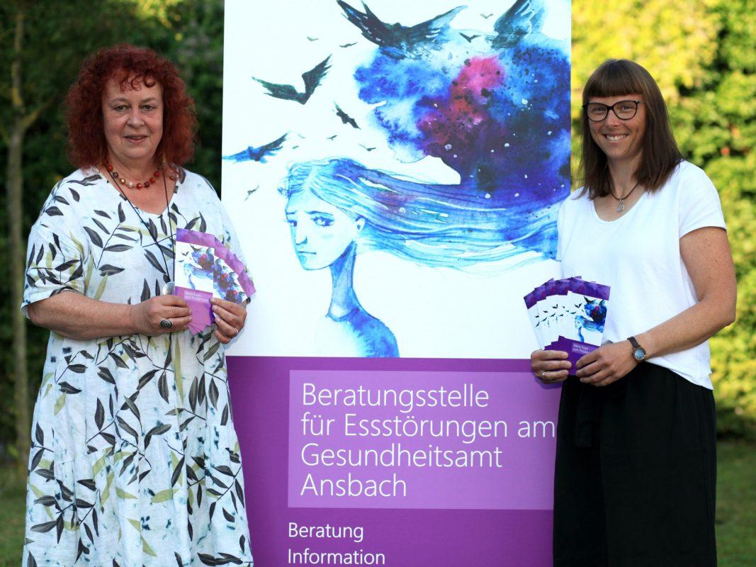 Isolde Imschloß (links) und Christine Dietrich von der Beratungsstelle für Essstörungen am Gesundheitsamt Ansbach. Foto: Landratsamt Ansbach/Fabian Hähnlein